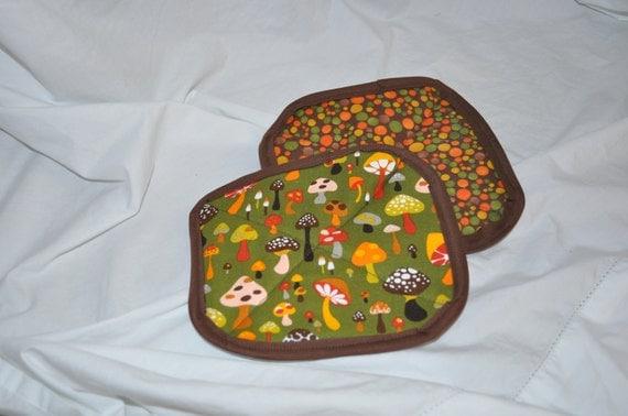 Potholders Polka dot and Mushrooms Back in Stock