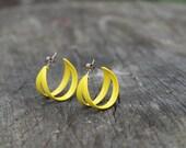 vintage 1980s yellow hoop earrings