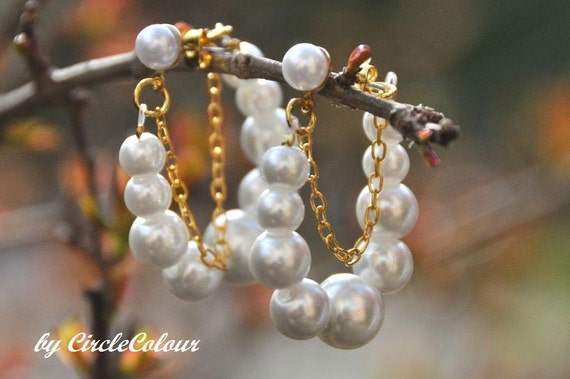 Unique Pearl Earrings - Creamy White Pearls with Gold Chain - Stud Earrings