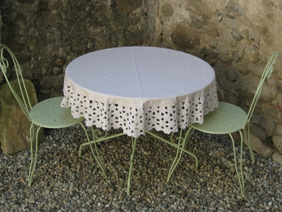 round linen and crochet French tablecloth