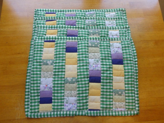All in a Row Patchwork Quilted Country Placemat Set of 4 with Spring and Summer Accents
