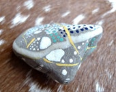 RESERVED LISTING for E - Story Stone nr. 03 - Art - Abstract - Painted Stones - Rocks - Painting - Rock Art - OOAK - shamanism