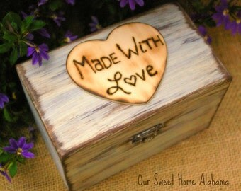 Mothers Day Gift, Rustic Recipe Box, Recipe Holder, 4 x 6 Cards, Rustic Kitchen Decor,