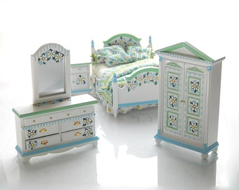 FRESH DAISIES with Green & Blue Handpainted Dollhouse Miniature Bedroom Bed Set Custom Dressed