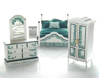 ELEGANT IVY Handpainted Dollhouse Miniature Bedroom Bed Set Dark Emerald Green White 1:12