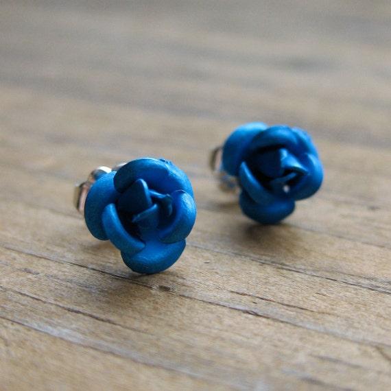 BLUE ROSES metallic floral sterling post earrings
