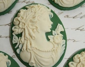 Gothic victorian cameo cabs 40x30mm green