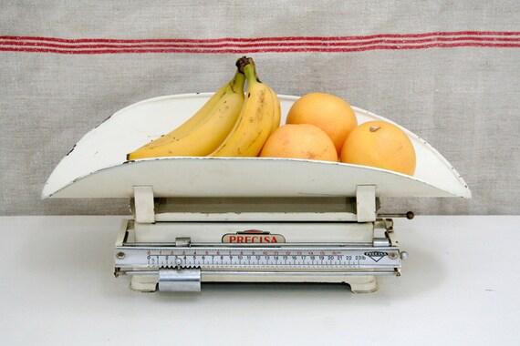 Vintage Precisa Baby Scale