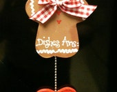 Gingerbread  Dishwasher sign Magnet or Suction cup kitchen decor Dishes are Clean/DirtY