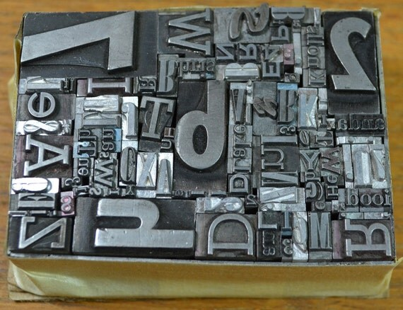 130 pieces vintage letterpress metal type - mix of fonts, sizes, letters, numbers and punctuation - TC6