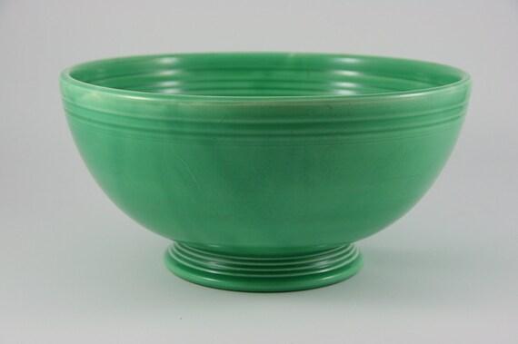 Vintage 1930s or 1940s Light Green FIESTA Fiestaware Footed Salad Bowl
