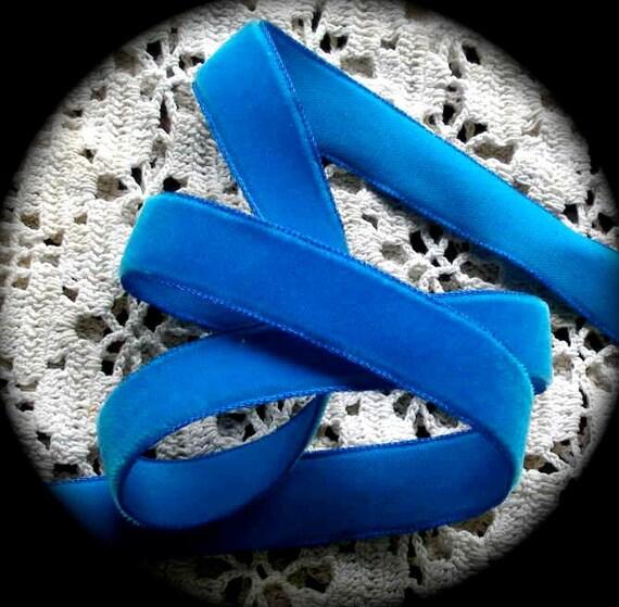 "Vintage  Velvet , 5/8"" x 3 yards Blue- Grayblock Ribbon Brand  - Made in Switzerland 53 Nylon 47% Rayon"