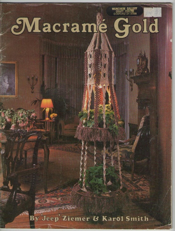 ON SALE - 1970s Craft Magazine on Macrame