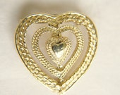 vintage 1950s / filigree Gerry heart brooch // SWEETHEART