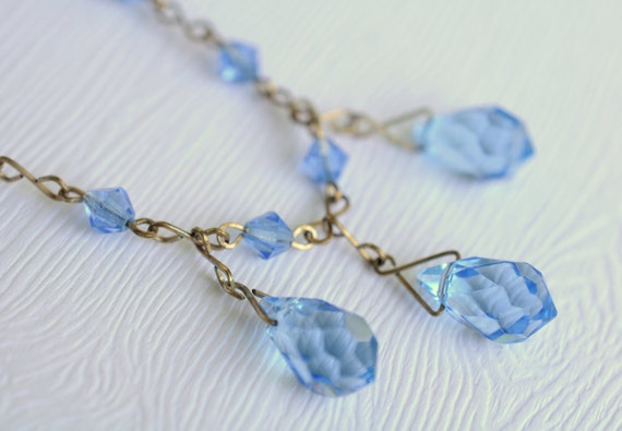 1930s vintage / Art Deco blue glass necklace // CRYSTAL DROPS