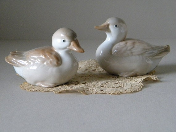 Vintage Pair Pastel Duck Figurines Creamy Soft Taupe