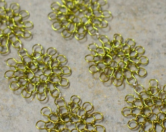 knit wire earrings -- trio in peridot