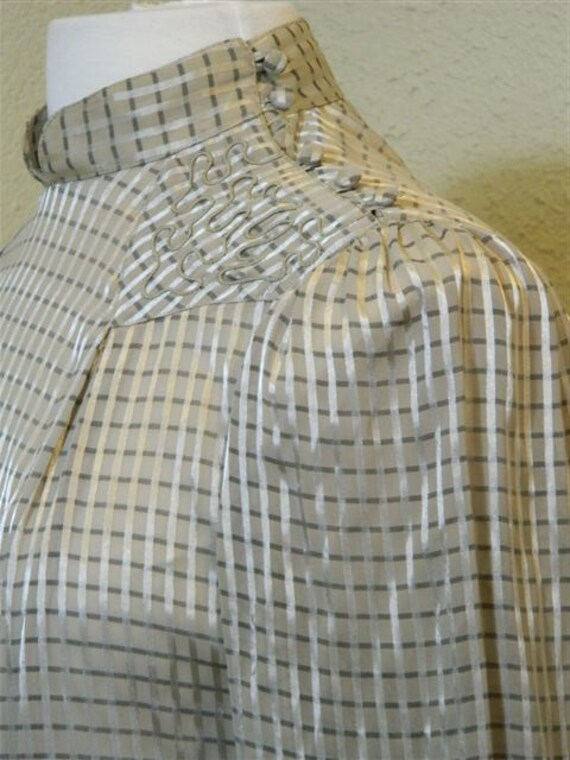 Vintage High-Neck Blouse with Checkered Print and Embroidery from Linea V