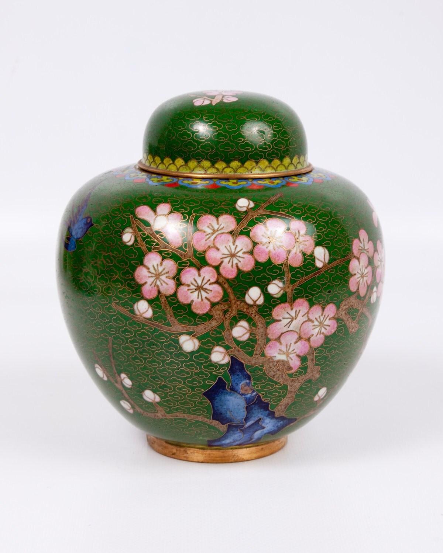 vintage cloisonne temple jar pink cherry blossoms ginger jar. Black Bedroom Furniture Sets. Home Design Ideas