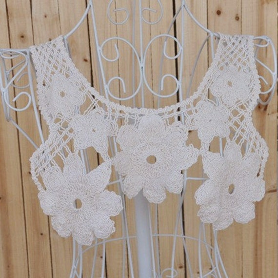Beige Crocheted Lace Collar,Embroidery, Appliques,Fabric,Diy,Sewing (ST16)
