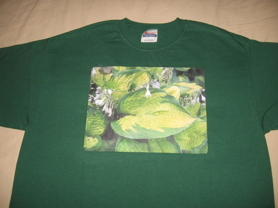 "Hosta ""Paradigm"" t-shirt Large Dark Green Plant Leaf Shirt"