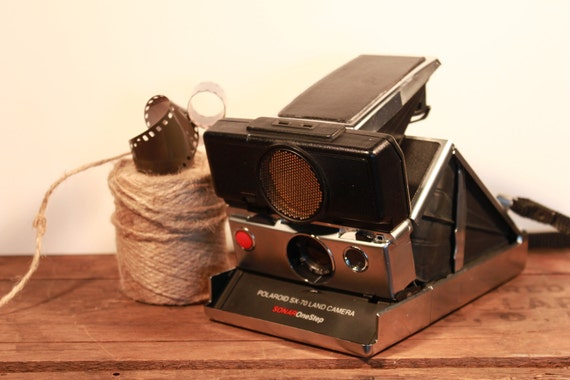 Excellent condition Working Polaroid Sonar One-Step SX70 Land Camera