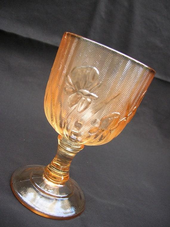 Iris and Herringbone Wine Glass