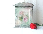 Jewellery Cabinet Shabby Chic Key Storage Pastel Hanging Wall Cabinet.