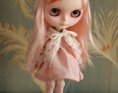 Vintage Rosebud Sweater - Keep that Sweetie Warm - for Blythe, Pullip, Barbie and 1/6 scale dolls
