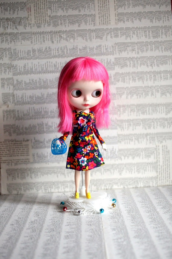 The Flower Power dress set - vintage Blythe fashions by Mab Graves