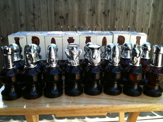 Vintage Mint Condition Avon Products Chess Set By