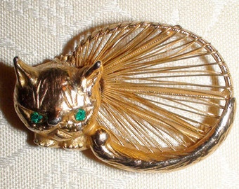 Vintage Gold Kitty Cat Pin Brooch