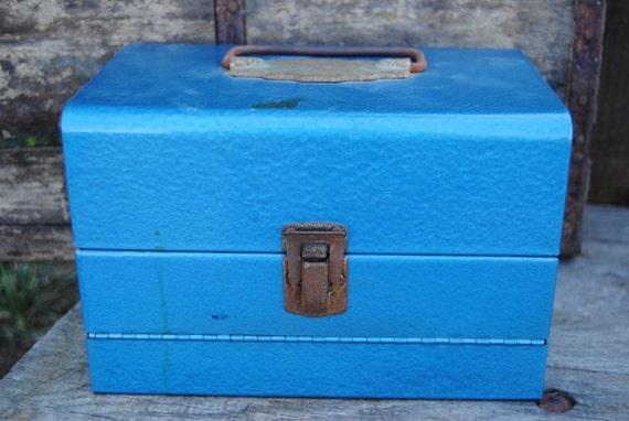 Metal storage box for 8mm film