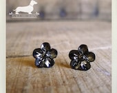 Pewter Petals. Flower Post Earrings -- (Silver, Studs, Small, Romantic, Simple, Vintage Style, Gunmetal, Rustic, Bridesmaid Gift Under 10)