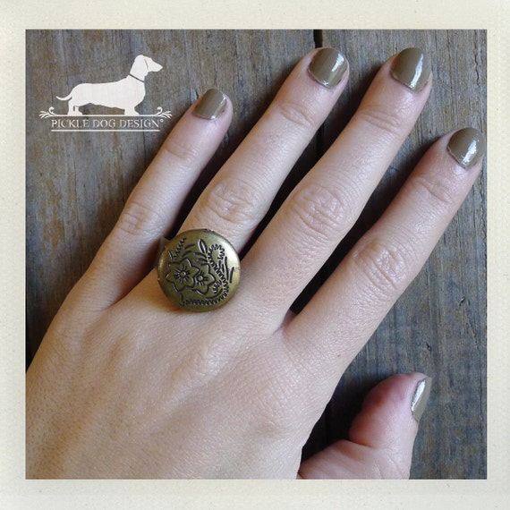 Botanical Garden. Adjustable Locket Ring -- (Gold, Vintage-Style, Simple, Bridesmaid Jewelry, Gift for Her Under 10)