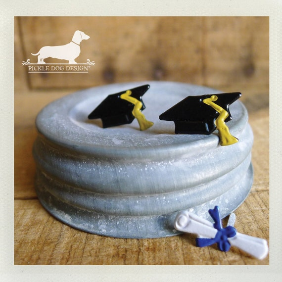 CLEARANCE! Cap and Gown. Post Earrings -- (Graduation, Mortar Board, Class of 2015, Congratulations, High School, College, Gift for Grad)