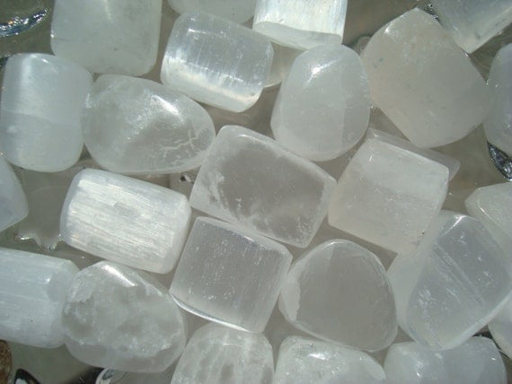 Selenite Tumbled T88