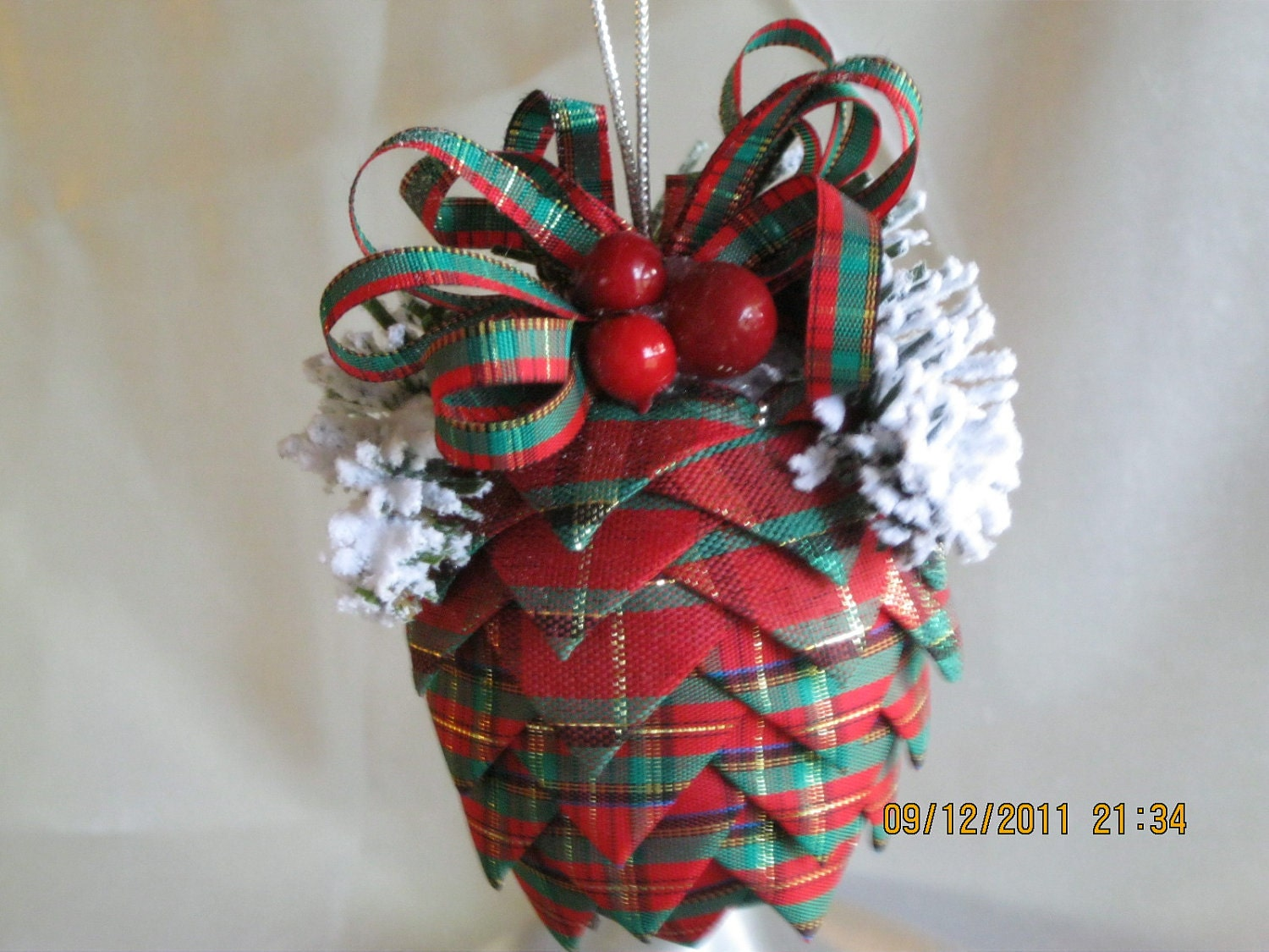 Handmade christmas ornaments plaid ribbon pinecone tree