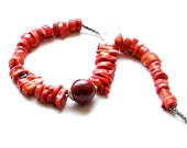 Natural coral Necklace - Handmade jewelry - Modern style