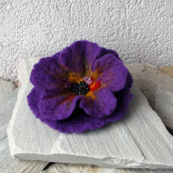 Felt Brooch - Poppy Felted Flower - Hand Felted Brooch - Amethyst Flower Brooch - Wool Flowers Felted Brooch