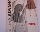 Advance 9497 UNCUT 1960s Sewing Pattern Misses Eight-Gore Skirt Waist 26