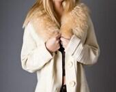 70s Vintage Cream Sweater with Faux Fur Trim