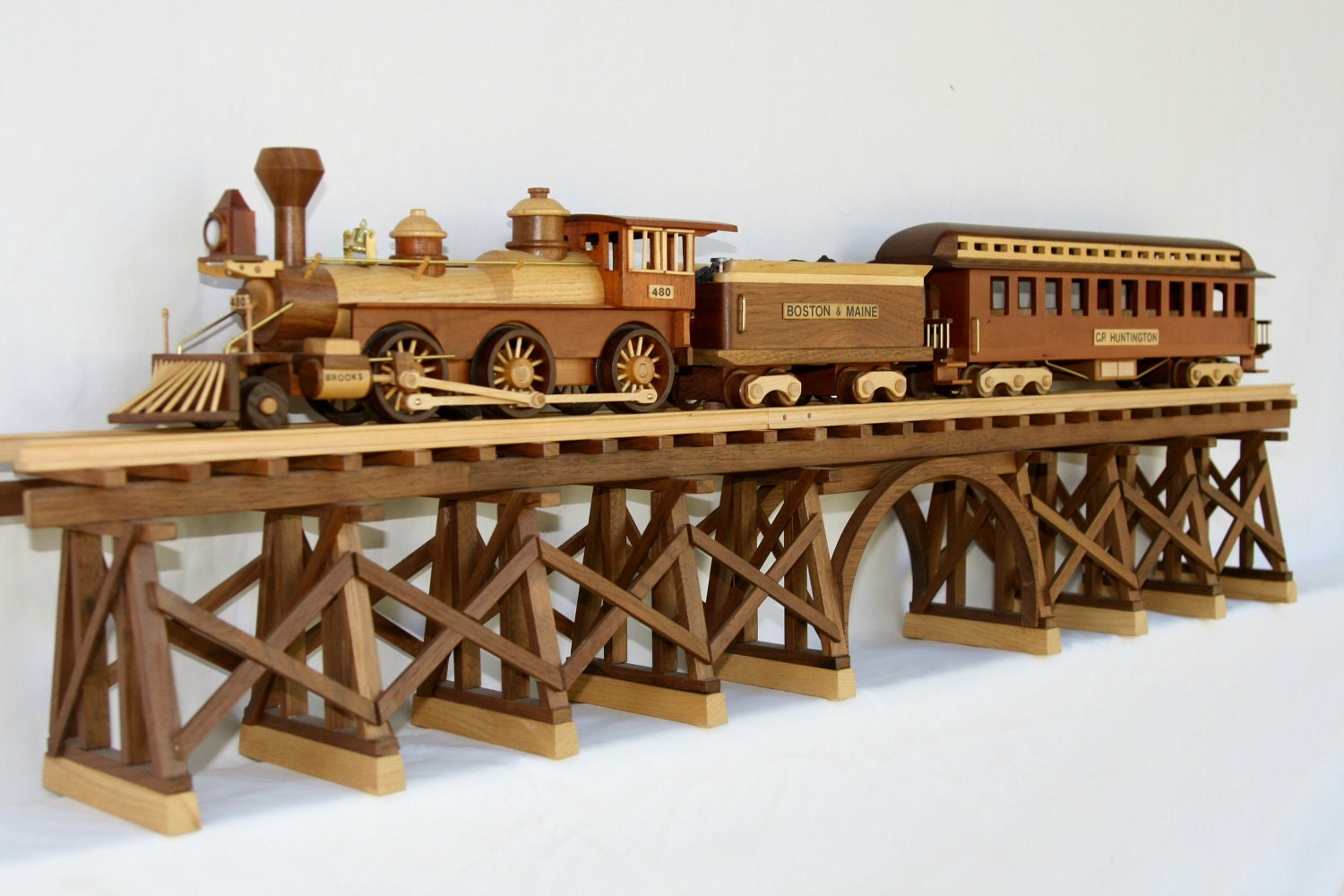 1883 brooks locomotive tender and passenger train by gbtrains for Wooden locomotive plans