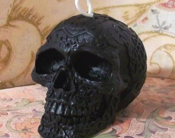 Small Celtic Markings Skull Black Beeswax Candle