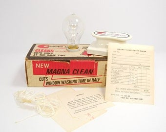 Retro Packaging Lamp Magna Clean Box & Original Contents