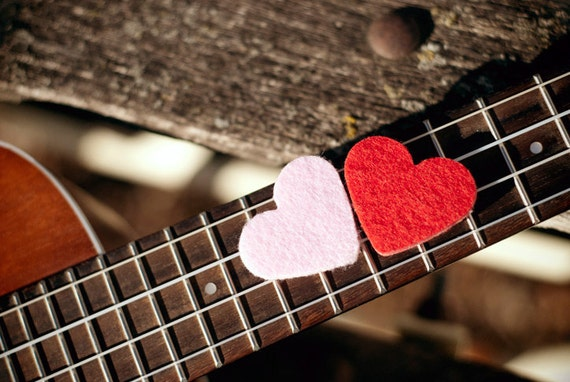 Felt picks for ukulele and bass guitar - heart shaped (pack of two)
