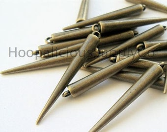 "25 Large ""OLD BRASS"" Spikes -Made of Acrylic -with Top Loop. Fast Shipping with Tracking for US Buyers."
