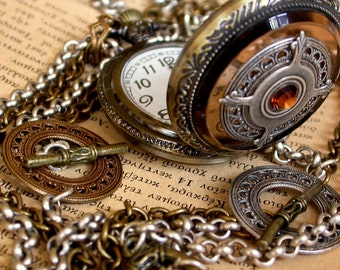 Steampunk Pocket Watch Necklace  Steam punk Gothic Locket Necklace  Vintage Inspired Gothic Jewelry