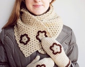 READY TO SHIP Christmas Gift set Floral Mittens and Cowl - Gift Wool Crochet Winter Cold Days Unisex Teens Cozy White Beige Brown