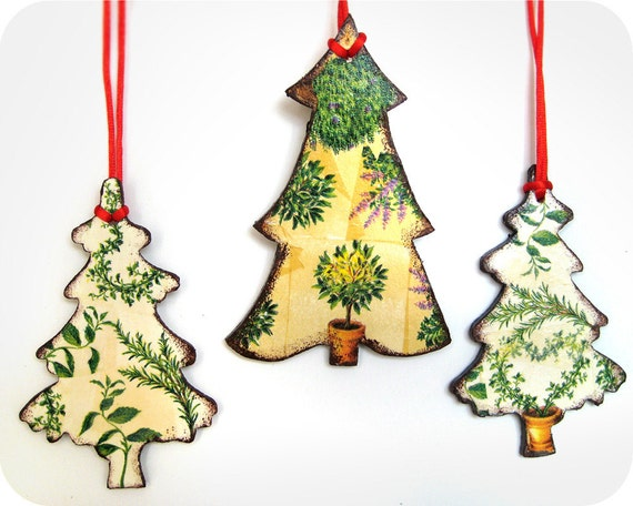 Provencal Christmas ornaments - Decoupaged Wooden Ornaments - Set of 3